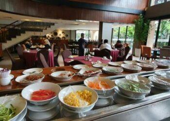 Mengapa Rumah Makan Padang dan Bukan Rumah Makan Minangkabau?
