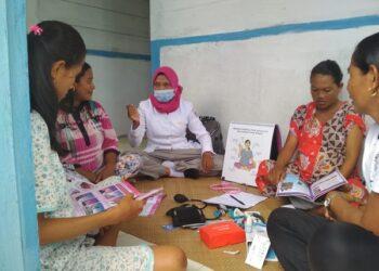 Menilik Kisah Bidan di Mentawai di Hari Bidan Nasional